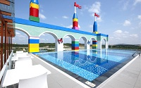Swimming Pool 200x125